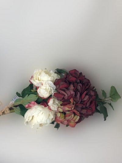 Arreglo con hortensia roja artificial